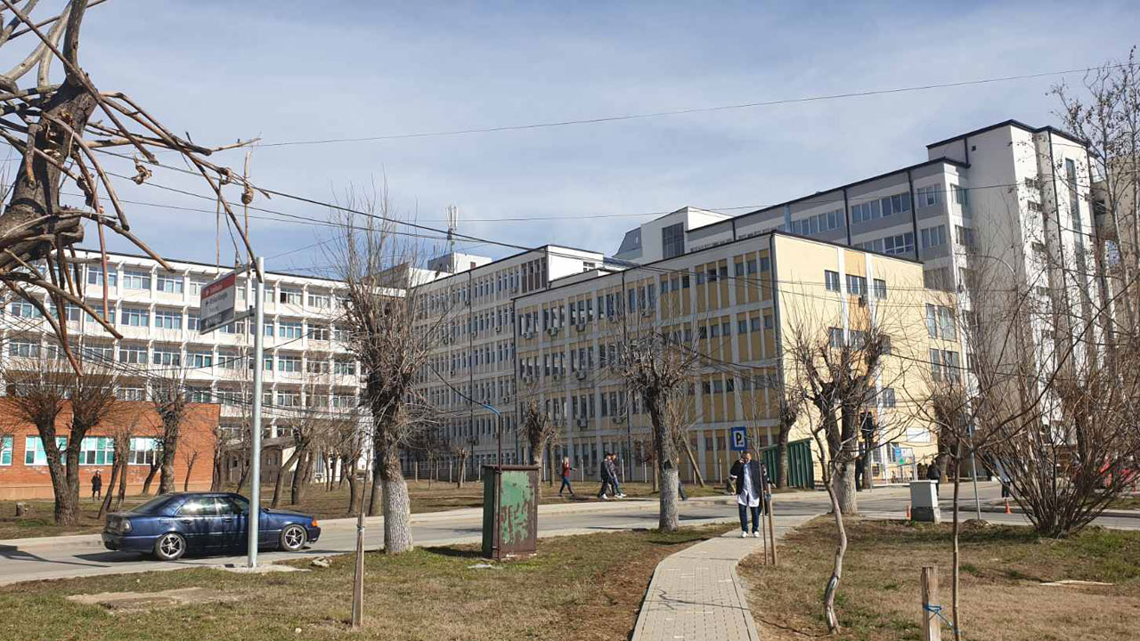 Болнице - Приштина
