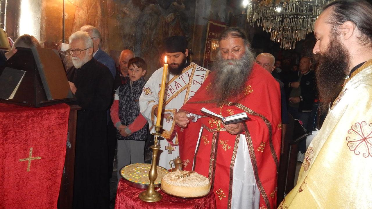 Литургија у цркви Свеог Архиђакона Стефана