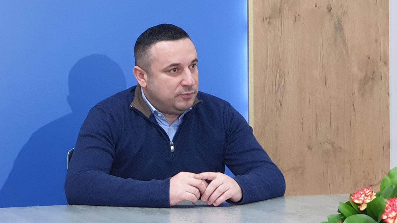 Срђан Поповић