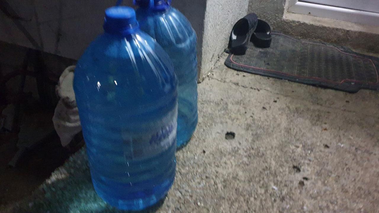 Вода - флаше