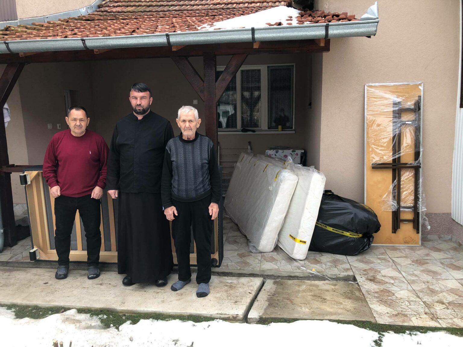 Епархија - поплаве -помоћ